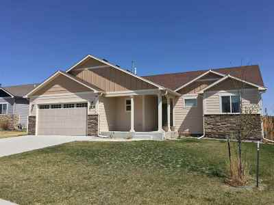 Cheyenne Single Family Home For Sale: 3539 Gunsmoke