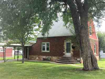 Cheyenne Single Family Home For Sale: 921 E 9th Street