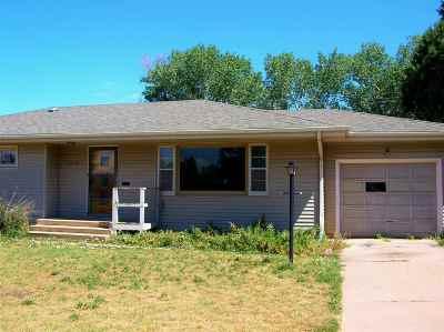Laramie Single Family Home For Sale: 1209 Baker