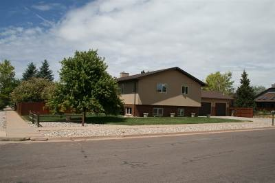 Laramie Single Family Home For Sale: 1562 Inca Drive