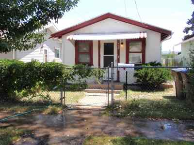 Single Family Home For Sale: 467 N Pine