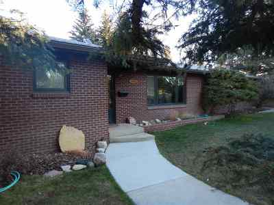 Laramie Single Family Home For Sale: 2003 Hillside Dr