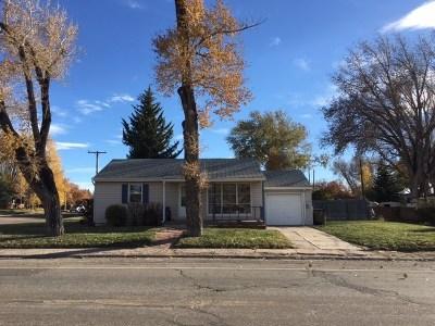 Laramie WY Single Family Home For Sale: $196,000