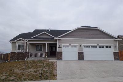Cheyenne Single Family Home For Sale: 5851 Indigo