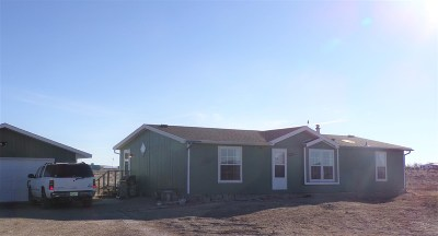 Laramie WY Single Family Home For Sale: $187,000
