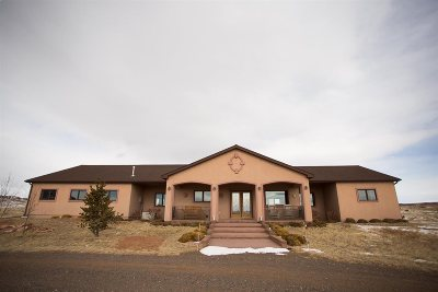 Laramie Single Family Home For Sale: 11 Desperado Buttes Trce