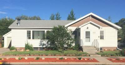 Laramie Single Family Home For Sale: 658 N 9th Street