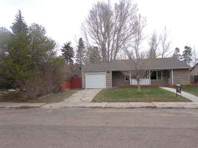 Laramie WY Single Family Home For Sale: $249,900