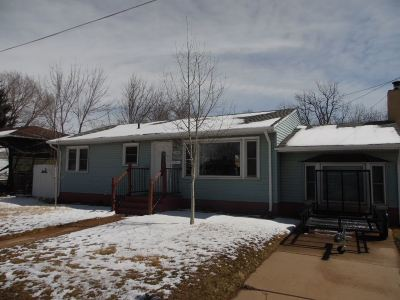 Laramie WY Single Family Home For Sale: $189,900