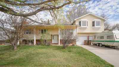 Laramie Single Family Home For Sale: 1713 Bill Nye
