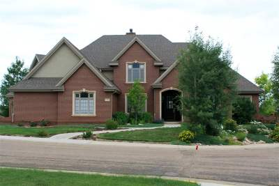 Laramie Single Family Home For Sale: 1162 Dutton Court