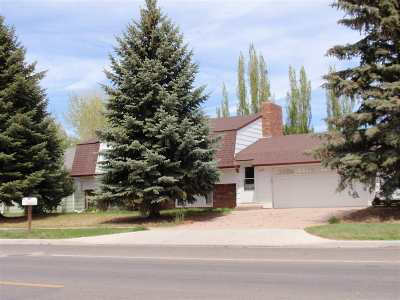 Laramie WY Single Family Home For Sale: $254,900