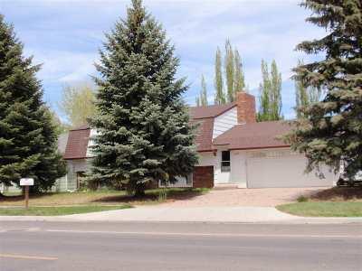 Laramie Single Family Home For Sale: 1623 Reynolds