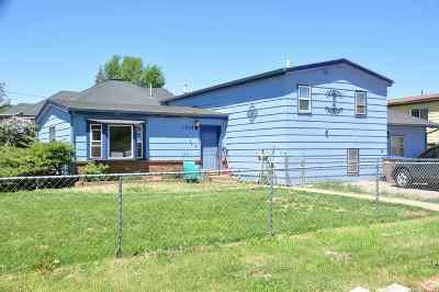 Laramie WY Single Family Home For Sale: $188,000