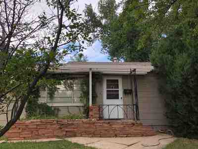 Laramie Single Family Home For Sale: 1505 Park Street