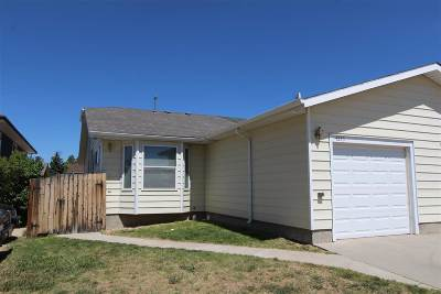 Laramie Single Family Home For Sale: 4345 Crow Street