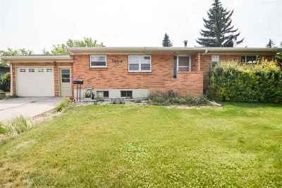 Laramie Single Family Home For Sale: 1404 Baker
