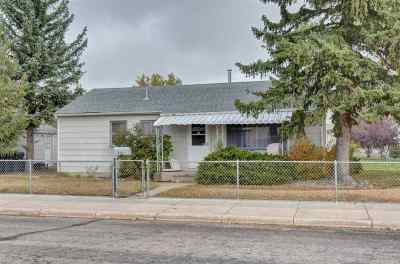 Cheyenne Single Family Home For Sale: 902 W Jefferson Rd.