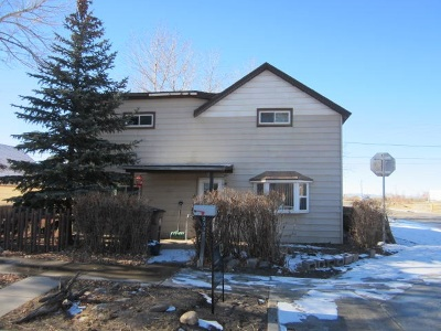 Laramie WY Single Family Home For Sale: $135,000
