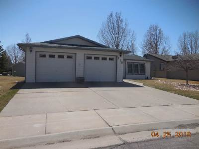 Laramie WY Single Family Home For Sale: $89,900