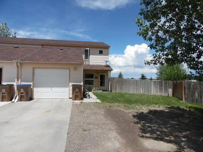 Laramie Single Family Home For Sale: 2402 Sunrise