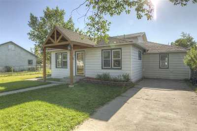 Laramie Single Family Home For Sale: 521 S Pierce Street