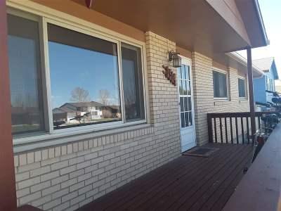 Laramie Single Family Home New: 1514 Bill Nye Avenue
