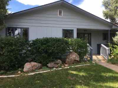 Laramie WY Single Family Home For Sale: $311,200