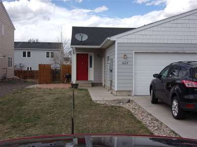 Laramie Single Family Home For Sale: 1027 Boswell Dr.