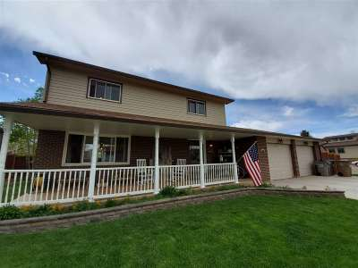 Laramie Single Family Home For Sale: 1666 N 23rd Street