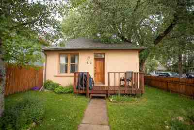 Laramie WY Single Family Home For Sale: $165,000