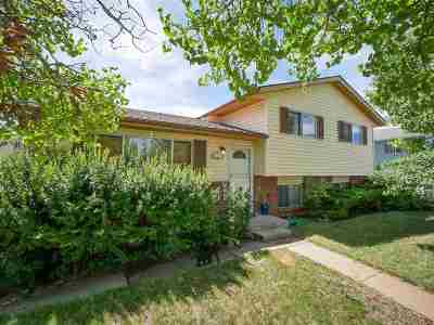 Laramie Single Family Home New: 908 Sanders Dr