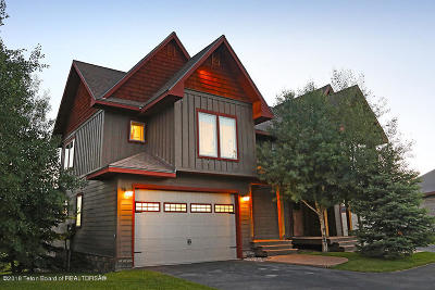 Alpine WY Condo/Townhouse For Sale: $995,000