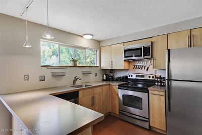 Teton Village, Tetonia, Driggs, Jackson, Victor, Swan Valley, Alta Condo/Townhouse Pending Contingent: 750 Powderhorn Lane #I-3