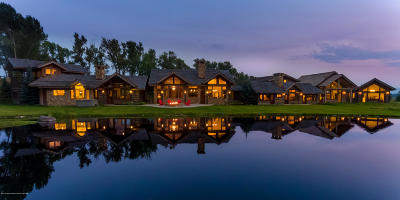 Jackson Single Family Home Pending Contingent: 560 Woodside Dr