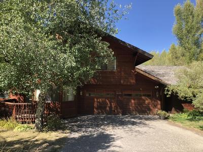Jackson WY Single Family Home For Sale: $1,225,000