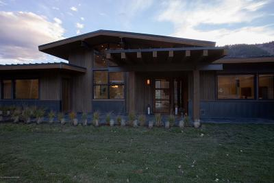 Jackson WY Single Family Home For Sale: $1,895,000