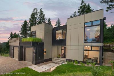 Wilson Single Family Home For Sale: 1440 N Fenn Drive