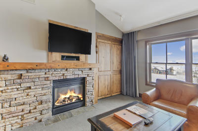 Teton Village WY Condo/Townhouse For Sale: $1,250,000