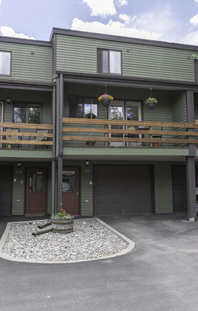 Teton Village, Tetonia, Driggs, Jackson, Victor, Swan Valley, Alta Condo/Townhouse For Sale: 668 Flat Creek Drive