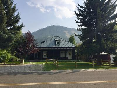 Teton County Single Family Home For Sale: 560 E Hansen Ave
