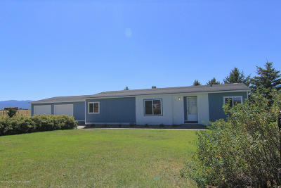 Mobile Home For Sale: 613 Fairfield Lane