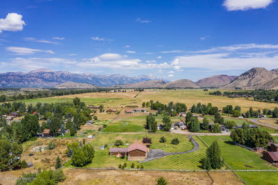 Jackson WY Single Family Home For Sale: $1,800,000