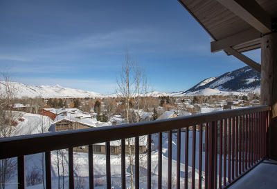 Jackson WY Condo/Townhouse For Sale: $1,595,000
