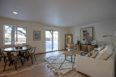 Jackson WY Condo/Townhouse Pending Contingent: $413,000