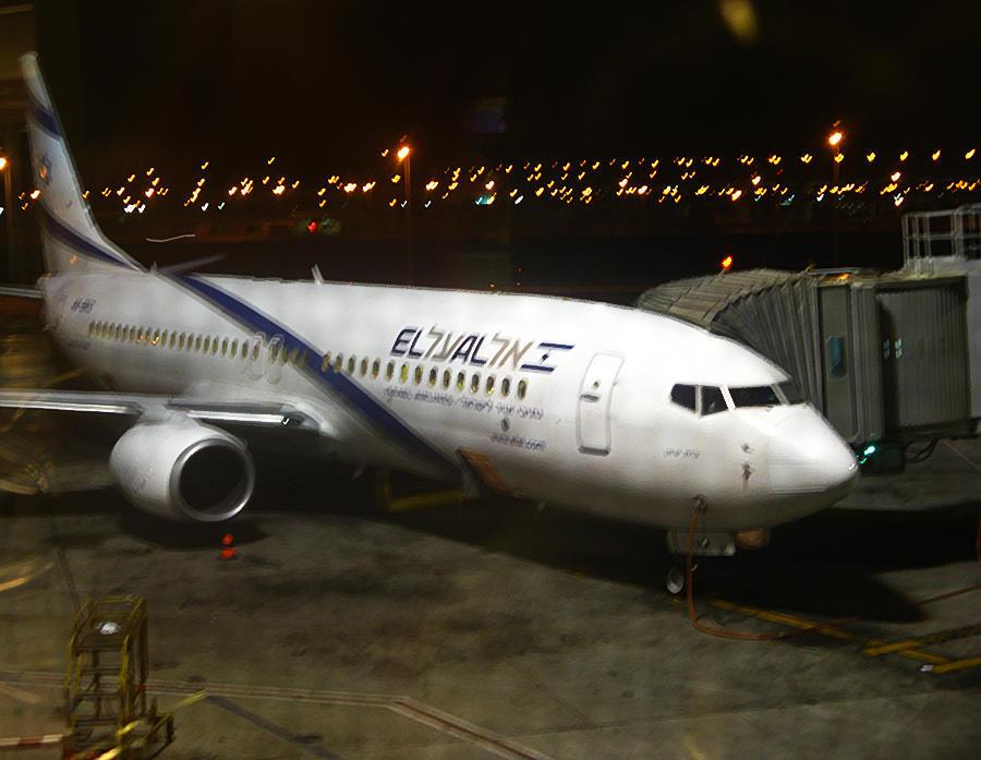 Харедим устроили дебош на самолете «Эль Аль» из-за угрозы нарушения субботы