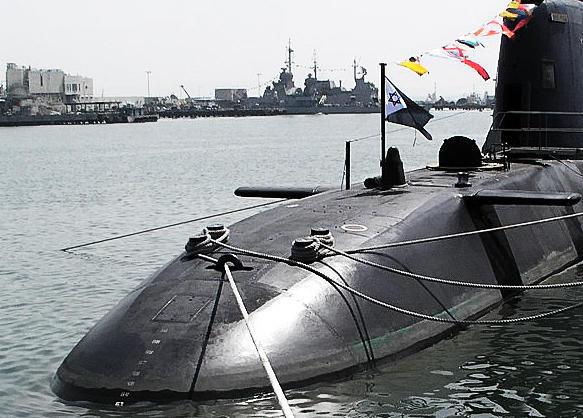 Большинство израильтян считают дело о субмаринах «очень серьезным» и хотят расследования госкомиссией