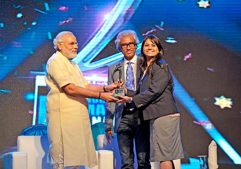 Bhavika Thakkar Shinde, IIFL Research won India's Best Market Analyst Awards 2013 by Zee Business for Pharma
