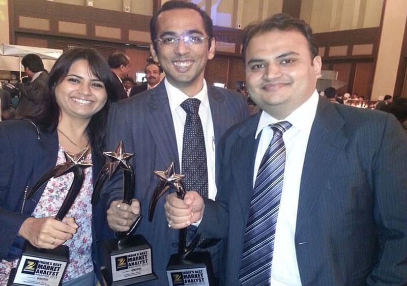 IIFL Analysts win ZEE Business India's Best Market Analyst Awards 2013