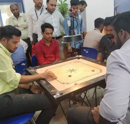 From board meetings to board games..IIFL-ites giving it their best shot!